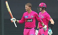Sydney Sixers beat Melbourne Renegades by 7 wickets at the SCG in BBL