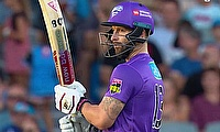 Adelaide Strikers lose out to Wade as Hobart Hurricanes win BBL run fest