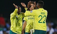South Africa v England 1st T20I: South Africa win thriller by 1 run in East London
