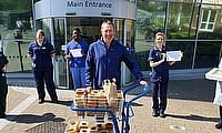 Graham Gooch joins Community Out Reach at Essex CCC for NHS ICU