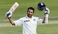 Sachin Tendulkar celebrates his century
