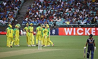 Australia overpower India in 2nd ODI to take series