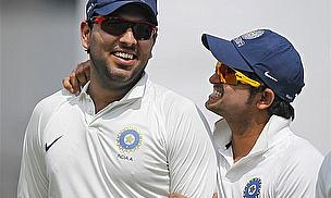 Yuvraj And Dhoni Guide India Home In Delhi