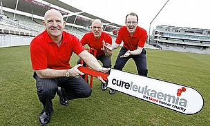 Warwickshire CCC Stumps Up To Help Save Lives