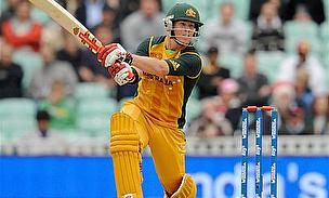 Warner Demolishes Super Kings in Chennai