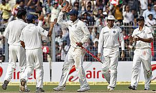 India Clinch Series Over Sloppy England