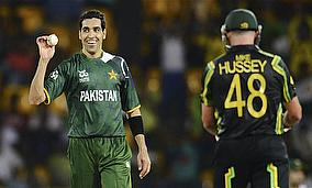 Pakistan Win But Australia Qualify For Semi-Finals
