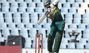 Hashim Amla plays off the back foot