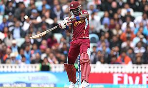 Darren Sammy hits out