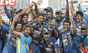 Sri Lanka celebrate their Asia Cup win