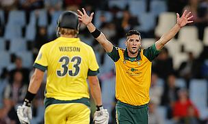 Wayne Parnell appeals for a wicket
