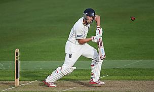 Jonathan Trott in action for Warwickshire