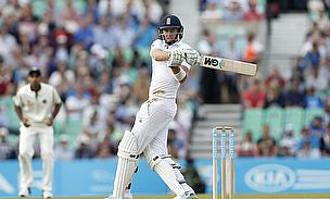 Joe Root pulls for four