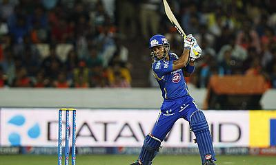 Lendl Simmons hits out for Mumbai Indians