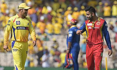 Chennai Super Kings' MS Dhoni (left) and Royal Challengers Bangalore's Virat Kohli