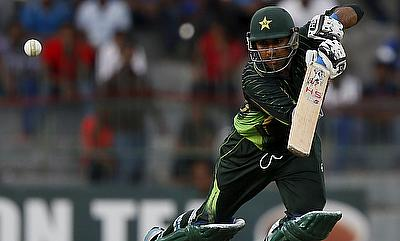Sarfraz Ahmed scored a brisk 77 as Pakistan defeated Sri Lanka by 135 runs in the third ODI in Colombo.