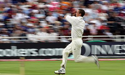 Simon Jones in action during the 2005 Ashes series