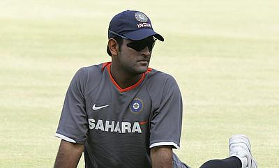 Parthiv Patel called up as cover after MS Dhoni suffers back spasms