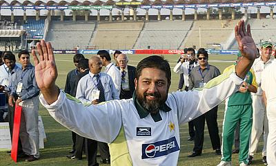 Inzamam-ul-Haq, pictured here being saluted on his retirement, now takes on an off-field role with the PCB