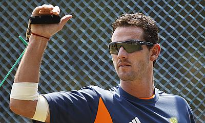 Shaun Tait has joined the Knight Riders on Wednesday.