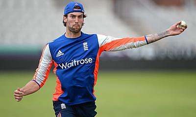 Back injury forces Reece Topley out of action for three months
