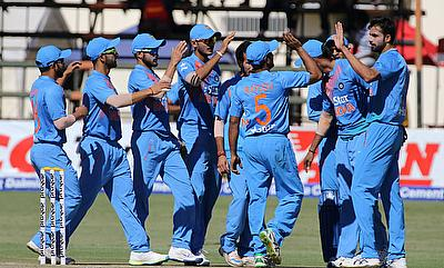 India survive Zimbabwe scare to win series 2-1