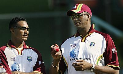 Courtney Walsh (right) has been appointed as the bowling coach for Bangladesh