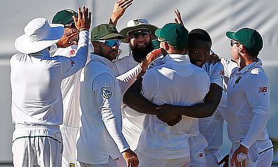 Philander, Rabada take South Africa close to win