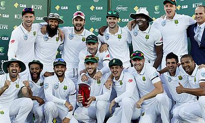 South African players celebrating series victory