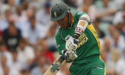 Johan Botha scored 25 runs off 13 deliveries in the chase