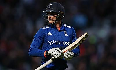 Jason Roy scored an unbeaten 60 in the chase