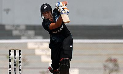Suzie Bates top scored with 30 runs