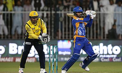Kamran Akmal (left) was outstanding for Peshawar Zalmi