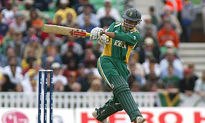 Jacques Rudolph scored 121 off 143 deliveries
