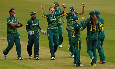 South Africa Women players celebrating their win over India