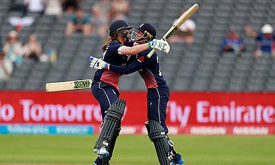 England's Anya Shrubsole celebrates scoring the winning runs with Jenny Gunn Action
