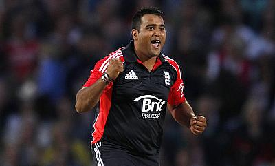 Samit Patel picked three wickets for Nottinghamshire