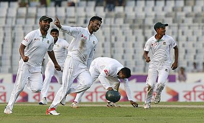 Shakib Al Hasan (centre) claimed a 10-wicket haul in the game