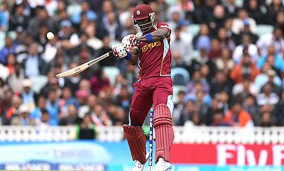 Darren Sammy scored 40 off 25 deliveries