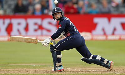 England Women Win Tri-Series Opener