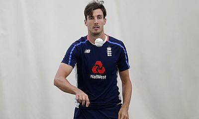 Steven Finn in Training