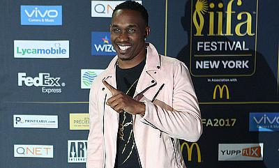 Middlesex sign Dwayne Bravo for this year 's Vitality T20 Blast
