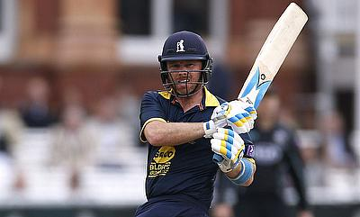 Warwickshire win thriller run chase against Durham at the Emirates Riverside in One Day Cup
