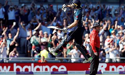 England win thriller 5th ODI against Australia & the Series 5-0