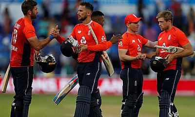 England beat India by 5 wickets in 2nd T20I to go 1-1 in Series