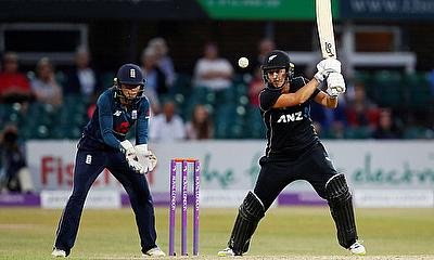 Devine Hundred helps New Zealand to Consolation Win