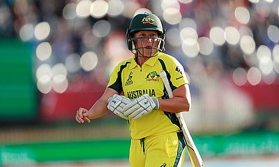 Alyssa Healy Leads Australia with a Half Century Against Pakistan