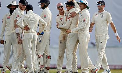 England lead Sri Lanka in Galle by 177 runs with 10 wickets remaining on Day 2