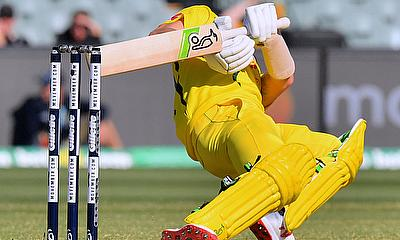 Australia hit back against South Africa to snatch win in 2nd ODI
