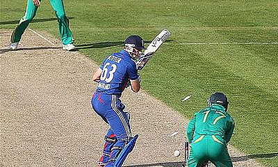 South Africa Breeze To Victory Over England